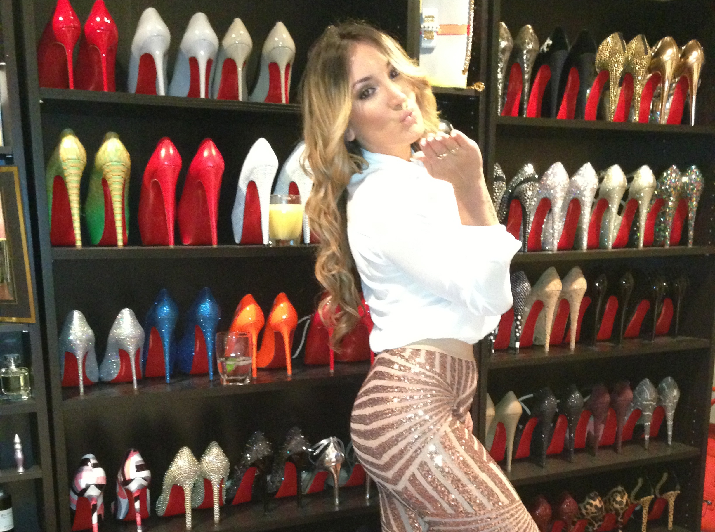 a shoe queen needs a shoe palace stiletto me up