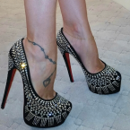 christian louboutin decora pump